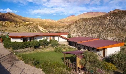 terrace-lodge