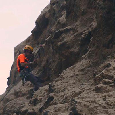 Cuevas de Anzota descenso escalada en roca