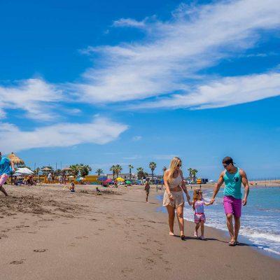 Familia en Playa El Laucho