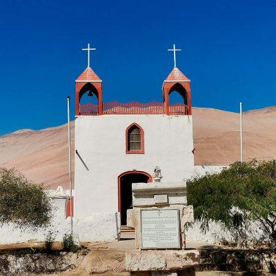 Iglesia Poconchile vista frotal II
