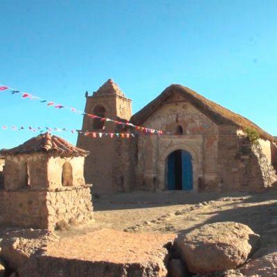 Iglesia Virgen de la Natividad pueblo de Murulli Altiplano Comuna de Camarones