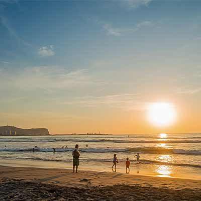 Playa Chinchorro atardecer region Arica y Parinacota