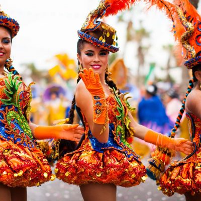 Bailarinas Carnaval de Arica
